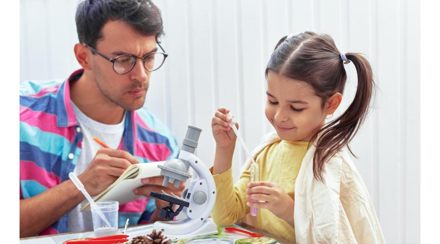Fun STEM Activities and Kits to do with Dad!